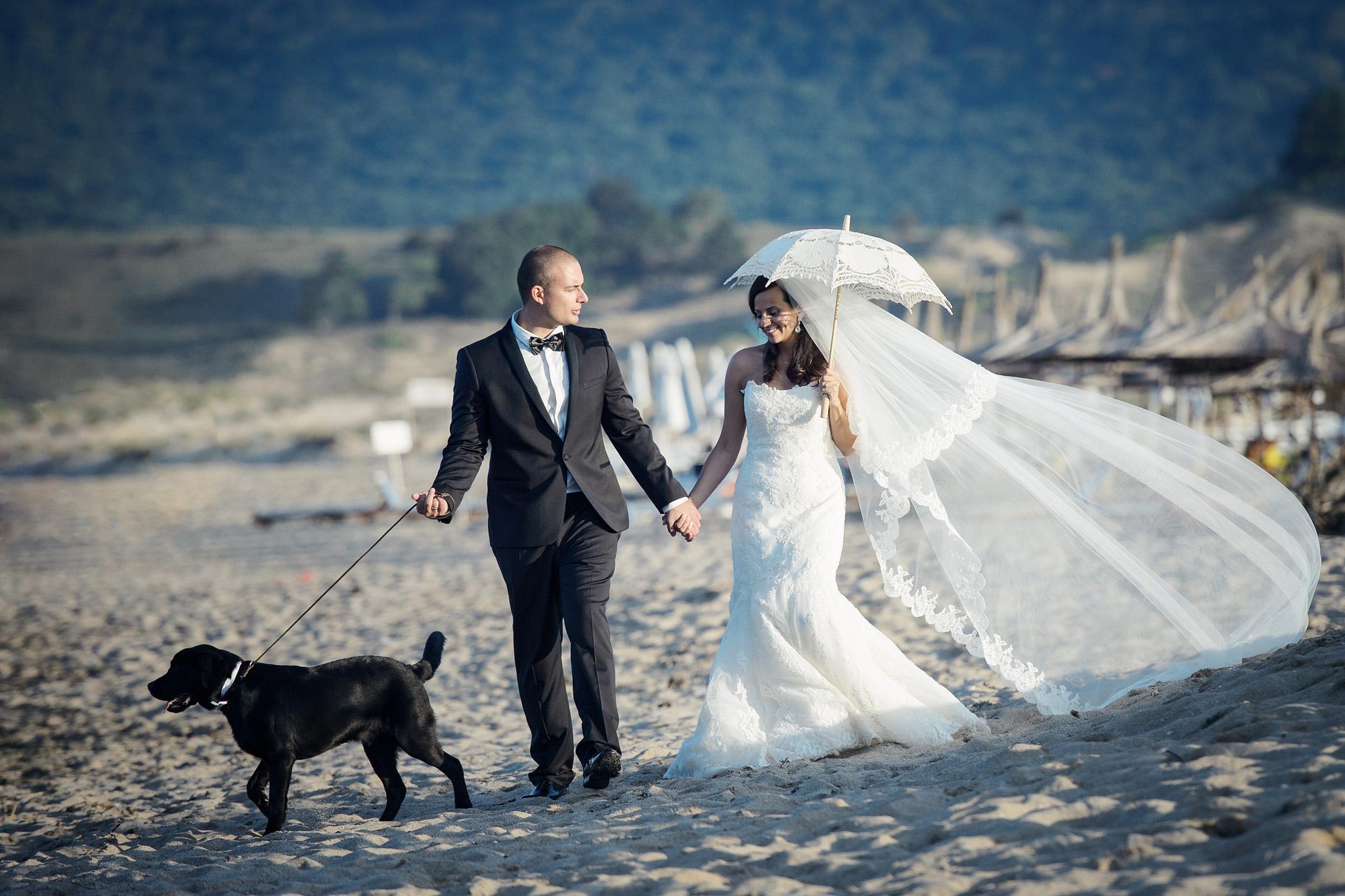 Сватба на брега на морето